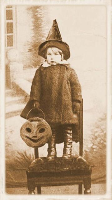 Happy Halloween vintage card